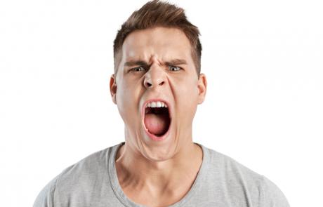 כיצד מתמודדים עם אנשים קשים? 7 טיפים חשובים