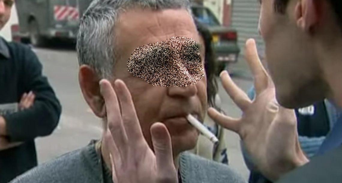 הפסקת עישון מהירה – נמרוד הראל גורם לאנשים להפסיק ולעשן ברחוב